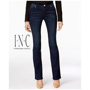 INC Curvy Fit Bootcut Jeans 8 Short